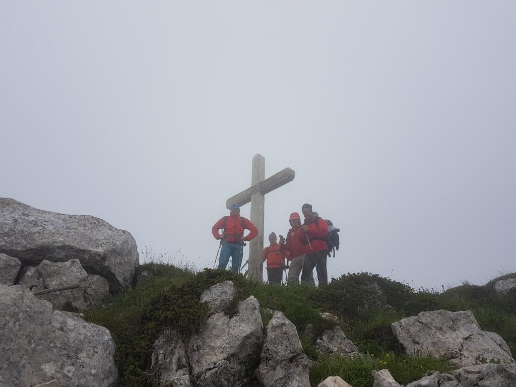 b La Vetta di Monte Cagno 2153slm