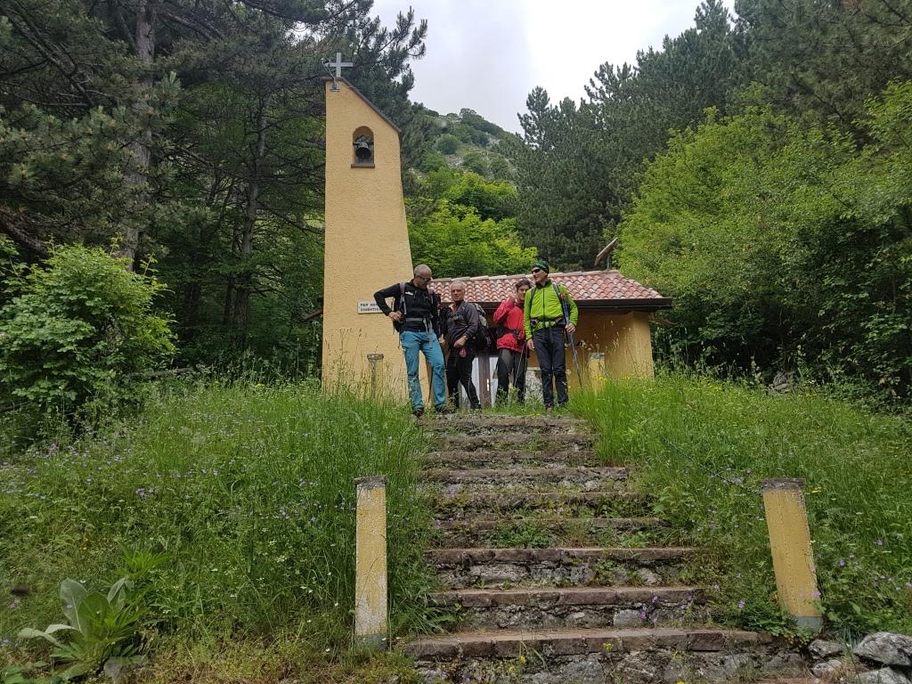 g la cappelletta degli Alpini a Rocca di Cambio