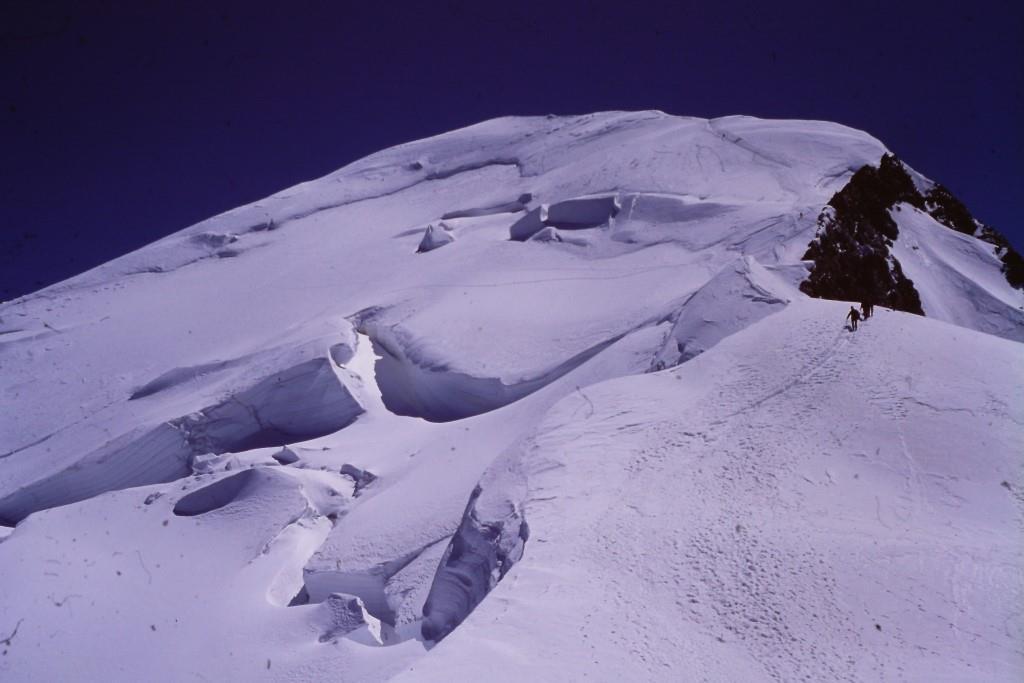 c Nei pressi del Colle Dome du Gouter 4306 slm (Gruppo Monte Bianco)
