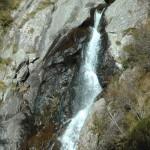 zb La cascata nei pressi delle scale Miller