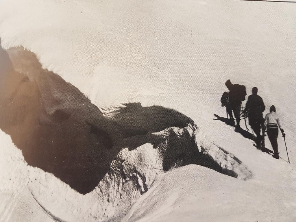 e Ghiacciaio del Calderone inverno 1966