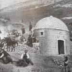 La costruzione dell'acquedotto 1902 ancora senza la pineta
