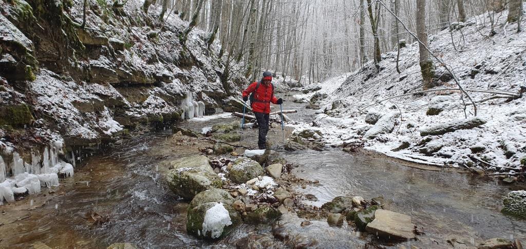 F Il percorso fluviale del Torrente del Chiarino
