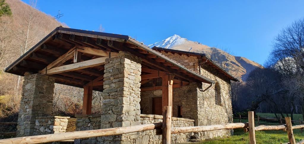 La discreta cappelletta di San Martino nei pressi del Mulino Cappelli 20191130_131206